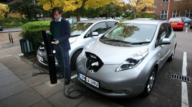 There will be 100 million electric cars by 2050