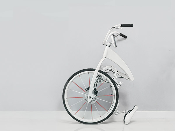 b35cce51ed0 One startup is trying to convince commuters to stick to the good  old-fashioned bicycle. Meet the Gi FlyBike, a folding electric bike that  can travel ...