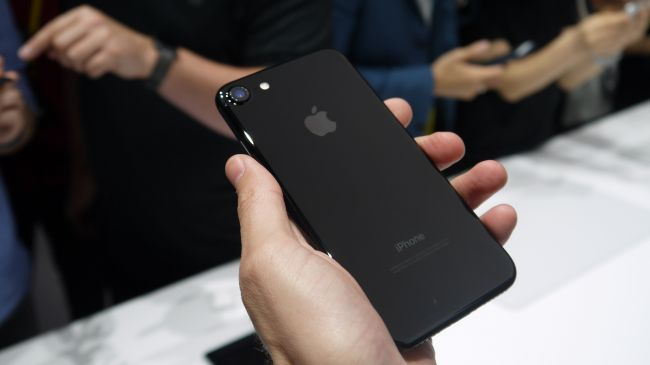 Hands on: iPhone 7 review - Techionix